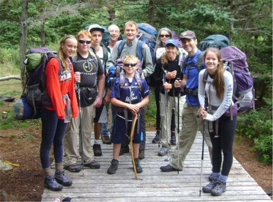 Junior Forest Wardens hiking the Spout